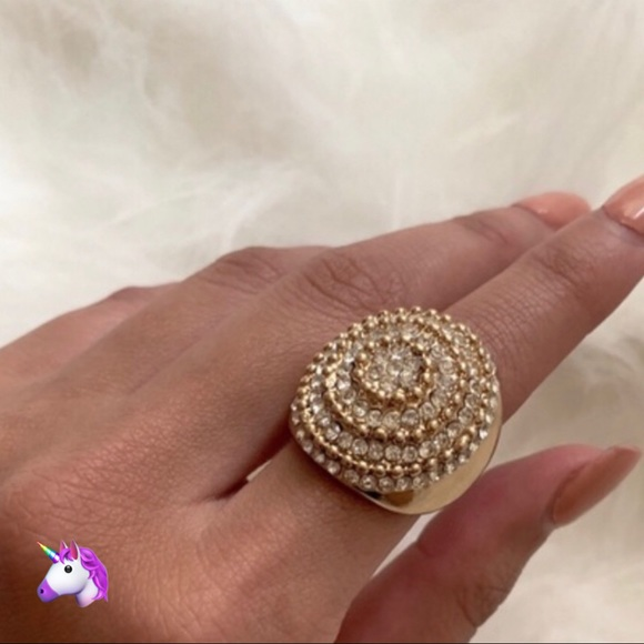 Jewelry - NEW Gold Bling Statement Ring - 4 for $20